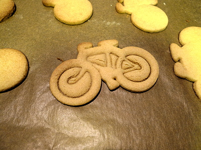 gingerbread bicycles